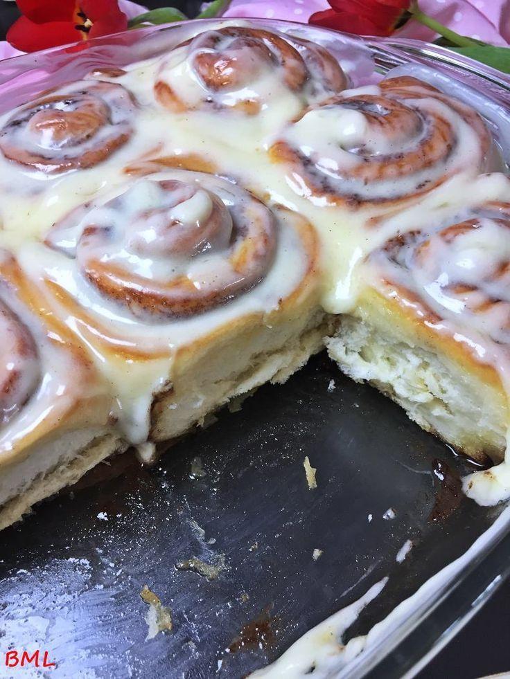 Zimtschnecken mit Frischkäse-Frosting…American Cinnamon-Rolls with Cream Cheese-Frosting,  #c…  – cake
