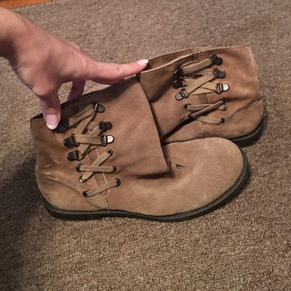 Xxx mature heel pic