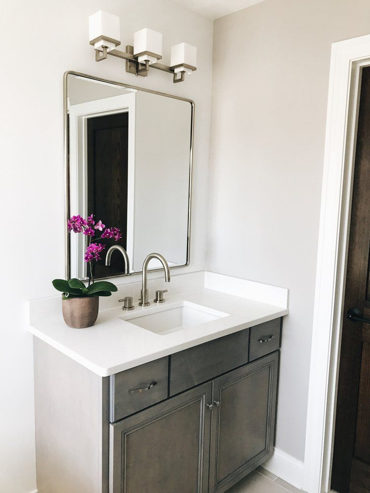 Avoid These Two Major Mistakes When Buying Bathroom Vanity Mirrors