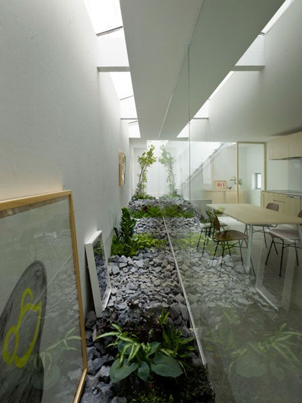 Japanese Architects Suppose Design Office Have Designed A Unique Home In  Nagoya, Japan With A Garden Room In The Middle Of The House