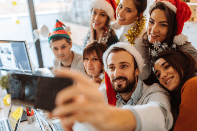 With Thanksgiving on November 28 this year, the holiday season is only three weeks long. There are fewer options for scheduling your company holiday party, with only two weekends and about ten mid-week days to work with before people start taking off. #holidayeventvenue #baycruise #companyholidaypartyvenue #partyboats