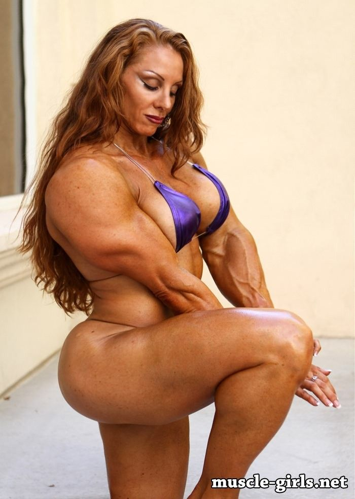 Girls with muscel pussie show improbable