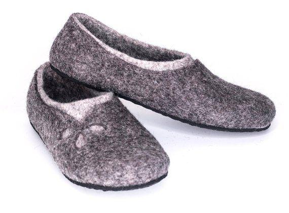 fb74e86b9f0dc Natural Grey slippers for women Handmade Felt wool slippers - Women ...