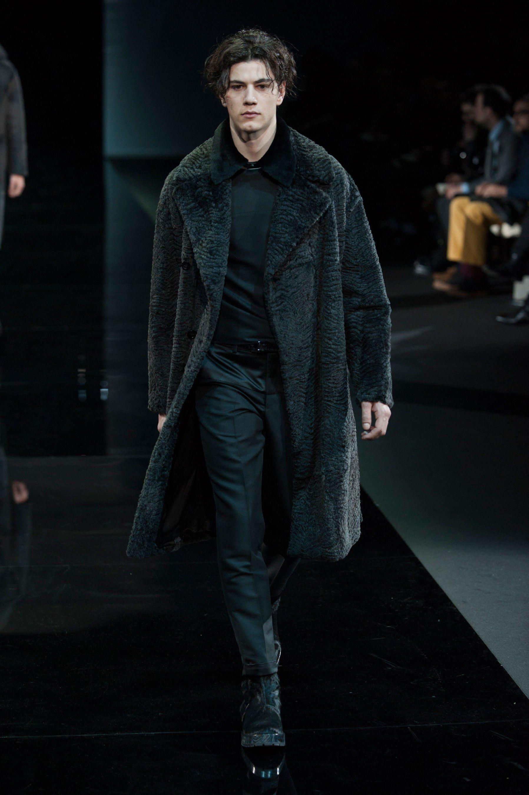 Watch Emporio Armani FallWinter 2014-2015 Collection – Milan Fashion Week video
