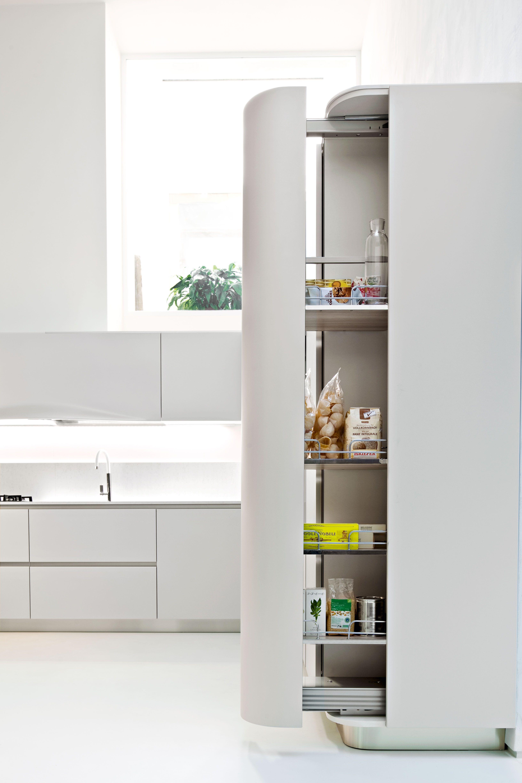 Afgeronde apothekerskast in de Snaidero Ola 20 keuken. | Libelle ...
