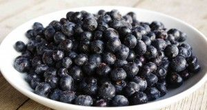 12 Amazing Benefits of Blue Berries