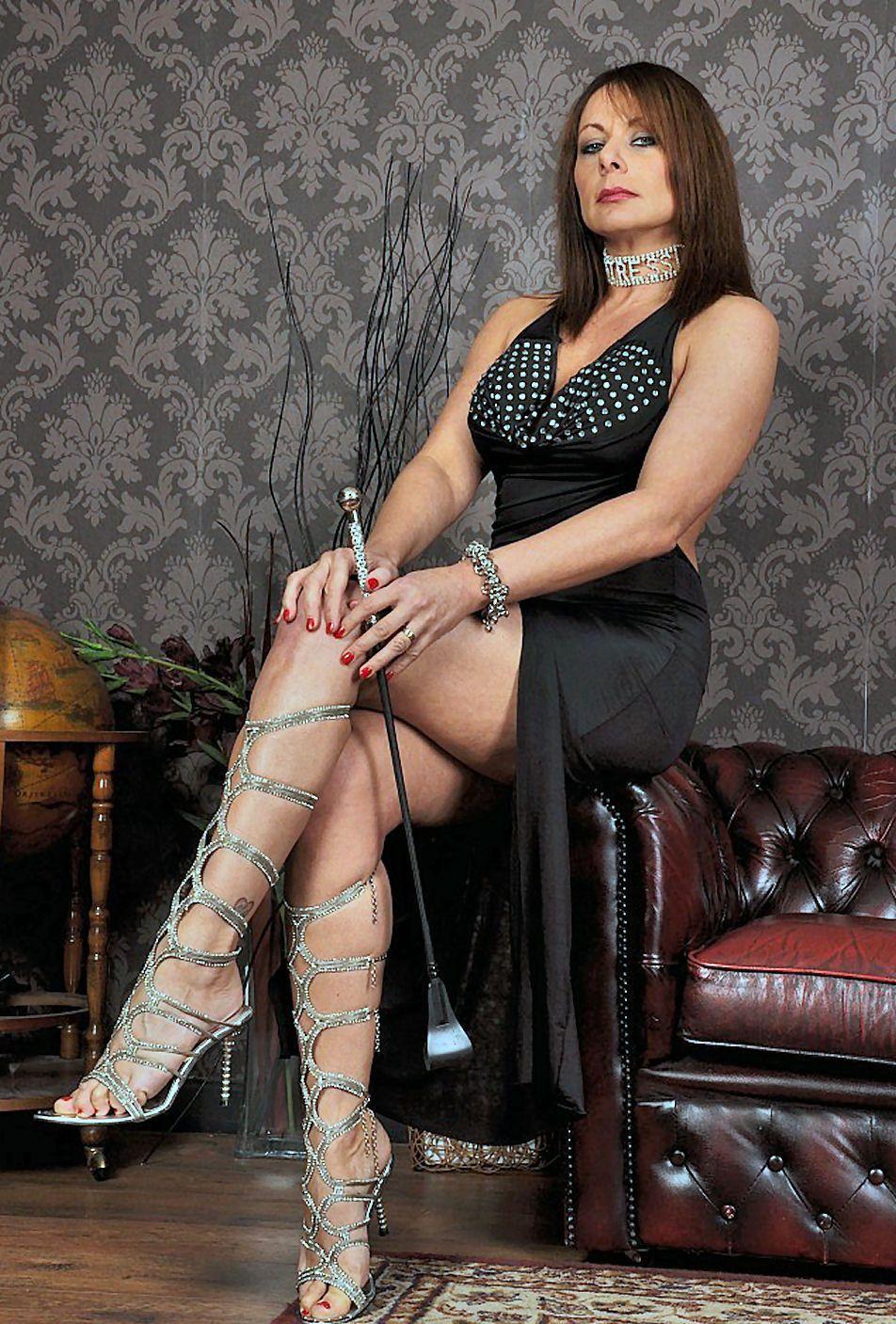 Mistress Carly naked 765