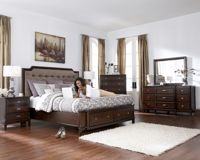 Larimer Upholstered Storage Bedroom Set In Dark Brown Bedroom