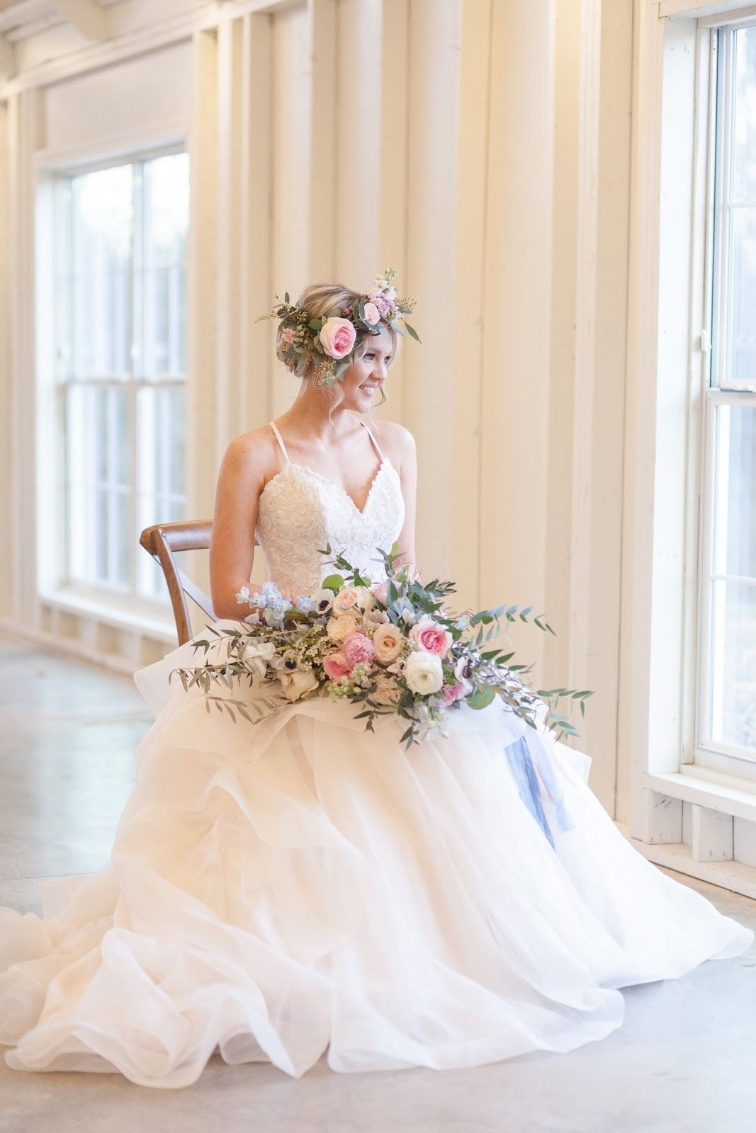 TYING THE KNOT IN STYLE Wedding dresses, Strapless