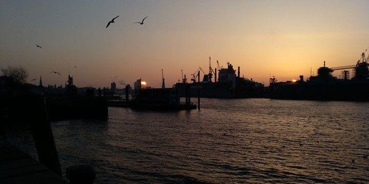 Sunrise over Hamburg-Altona, Hamburg, Northern Germany, Germany, Europe