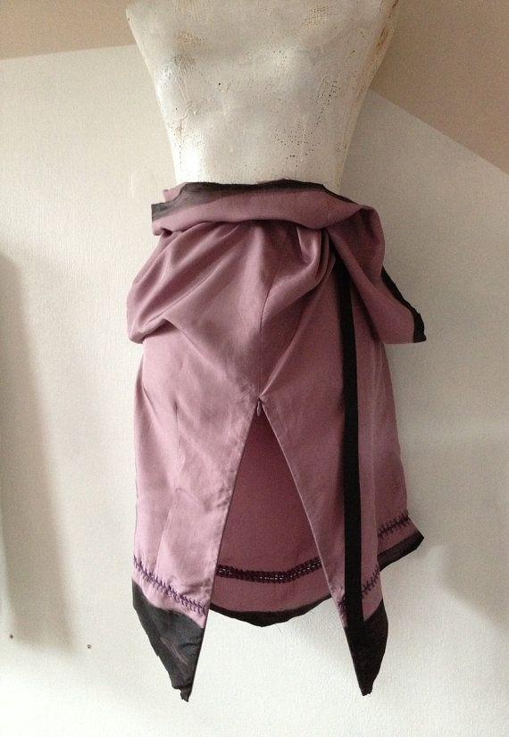 silk skirt TUBE light purple black paint medium di modamsterdam, €15.00