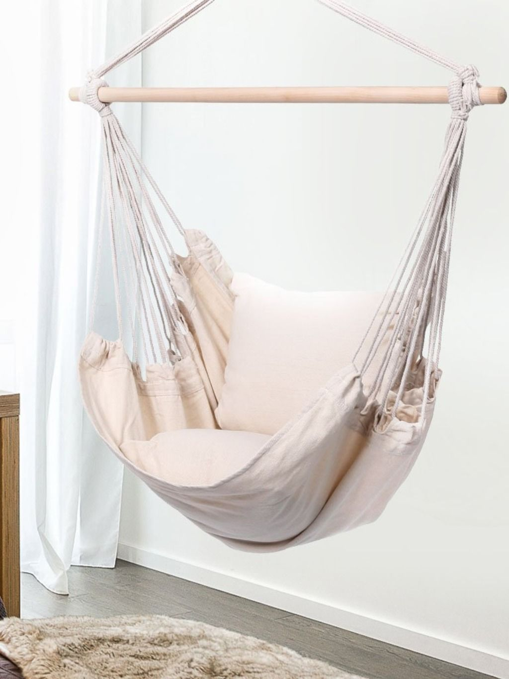 Inether Padded Hammock Hanging Chair Is A Comfortable Favorite For Grown Ups Or For Cuddling With Their Children Hanging Chair Hanging Swing Chair Hammock