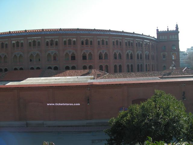 Madrid bullfight tickets: Madrid Bullring, Las Ventas. PLaza de toros de Las...