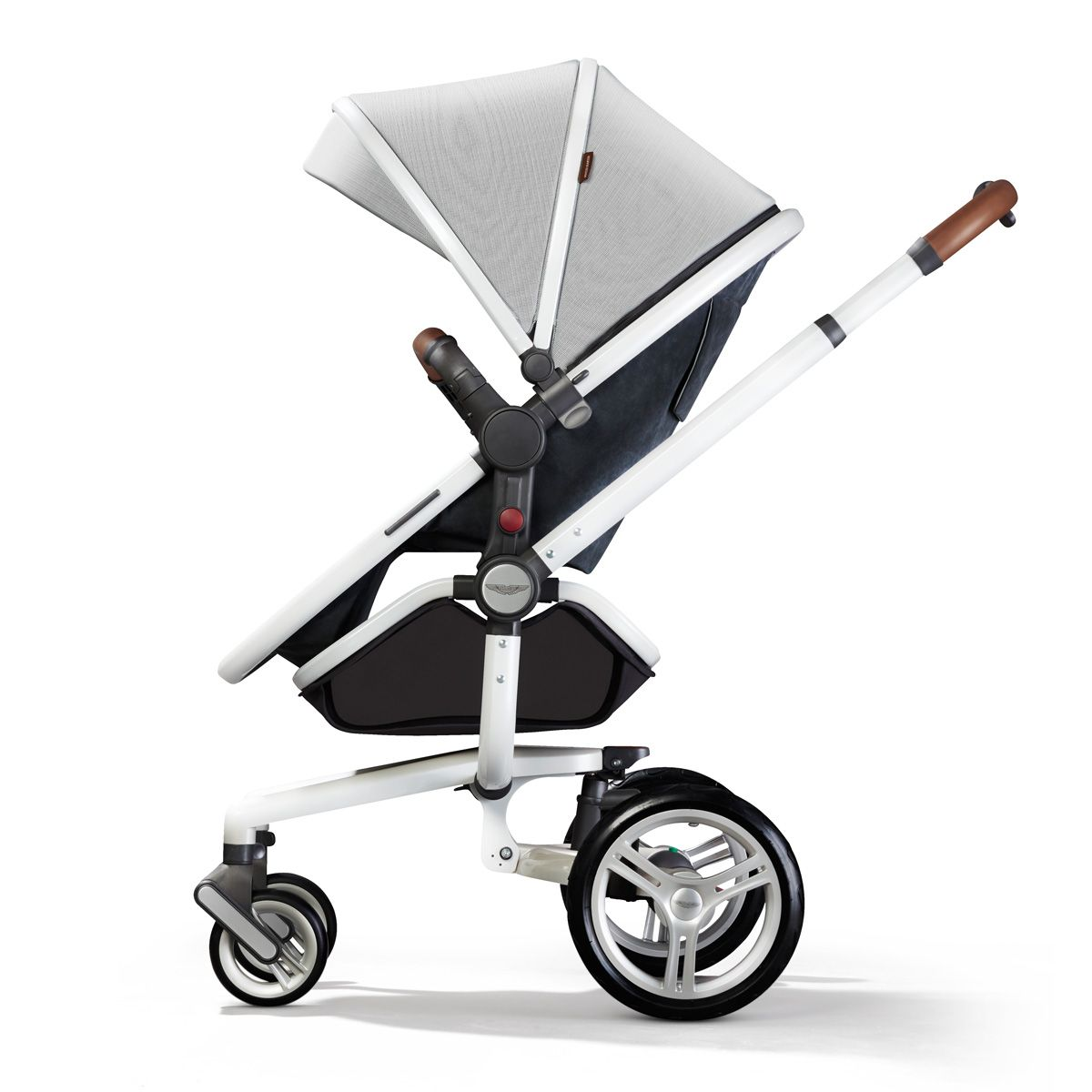 surf aston martin edition in pushchair mode | accessories for baba