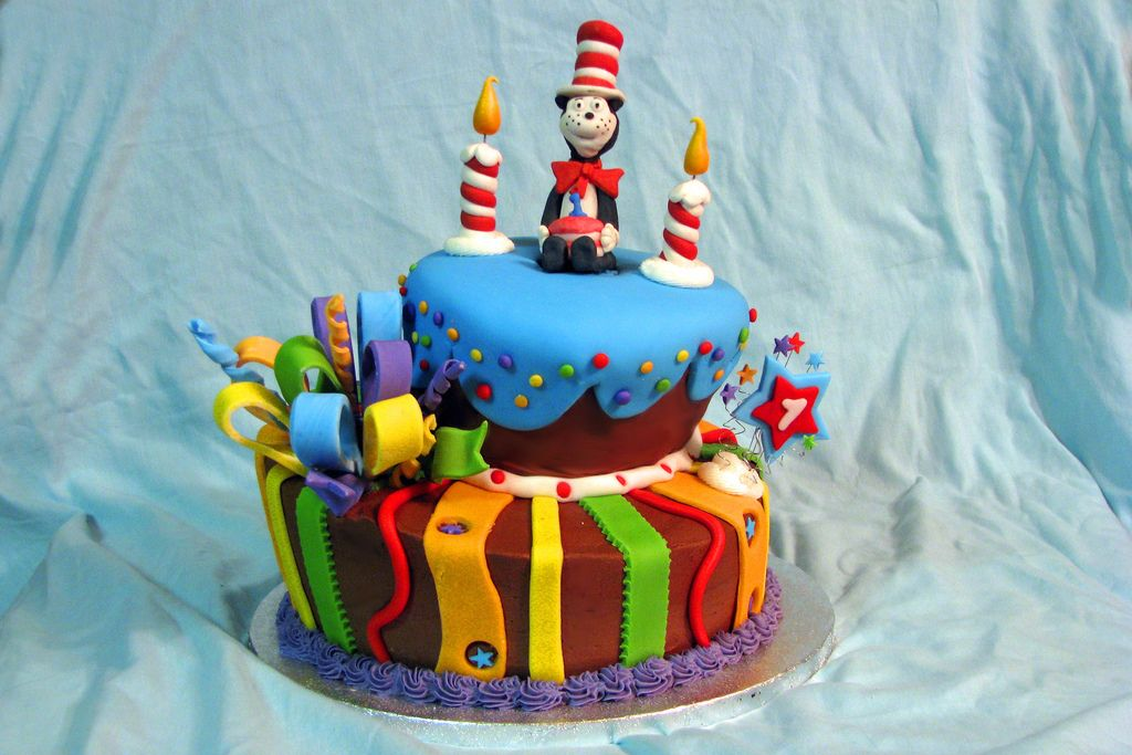 Cat in the Hat First Birthday Cake 1st Birthday Party Ideas
