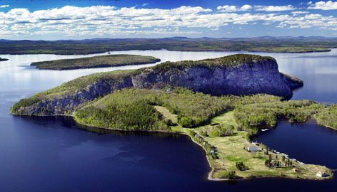 In Maine Mount Kineo Rises 800 Feet Above Moosehead Lake The Mid