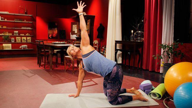 Det finns Yogaövningar för precis alla. Sofia Åhmans yogaövningar.