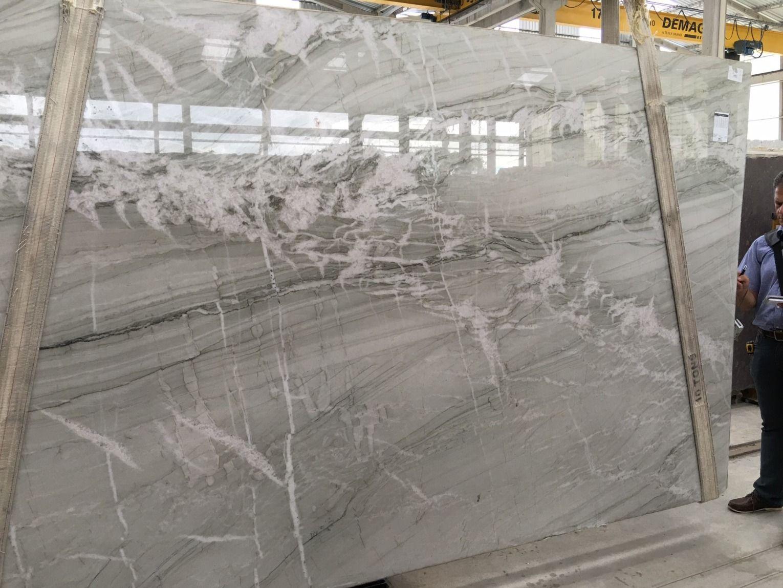 Nuage Quartzite Countertops Beautiful Backsplash