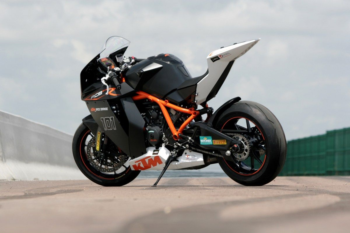 Beautiful Rcb 101 Ktm Bike Wallpaper Hd Ktm Rc8 Ktm Super Bikes