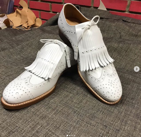 handmade men's white color leather shoes wing tip brogue