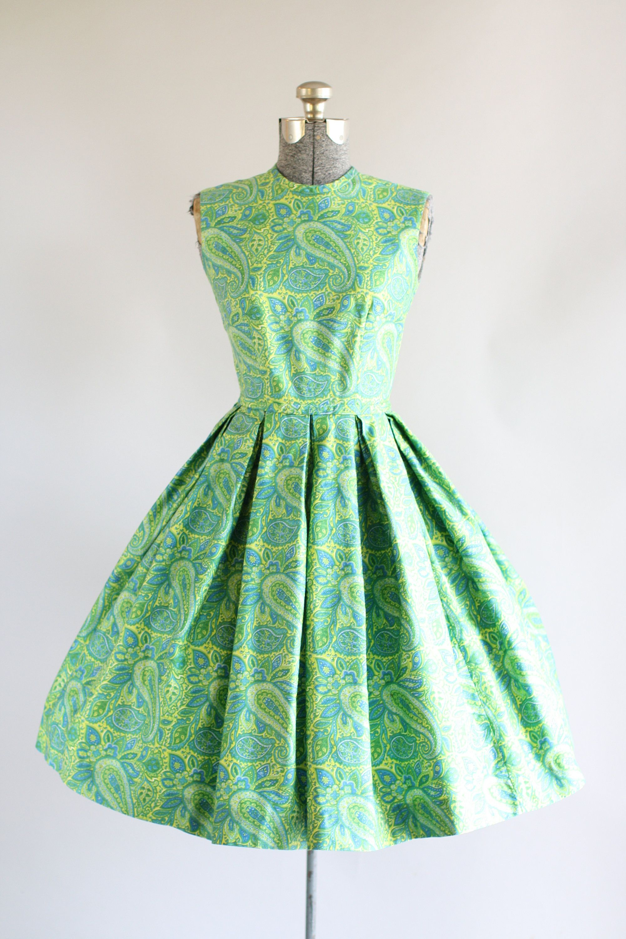 Green dress ideas  Vintage s Dress  s Cotton Dress  Green and Blue Paisley