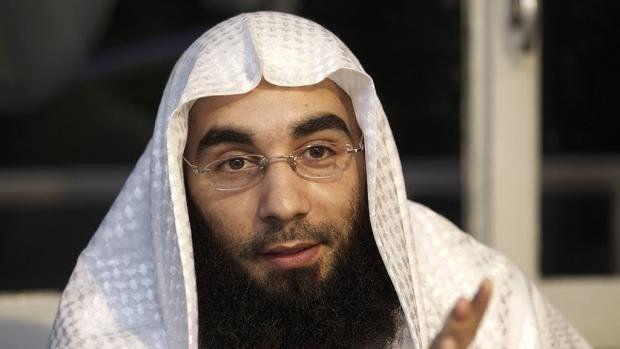 Jihadronselaar trouwt in cel om uitlevering te voorkomen