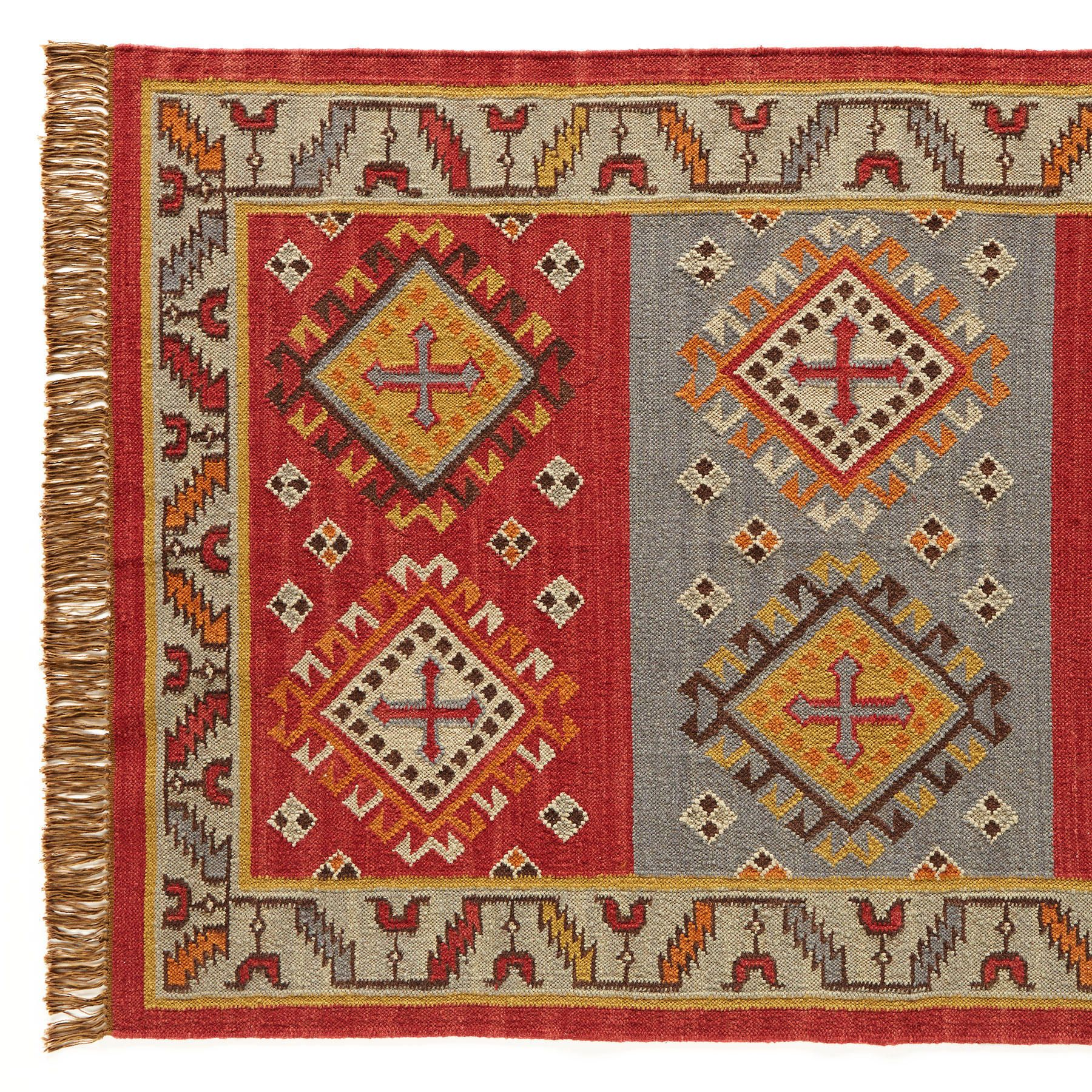 Heraldic Wool Dhurrie Stylized Crosses Give Our Flatweave Rug A Medieval Air Interpreted In Strong Shades Of Red And Orange Cool Dhurrie Rugs Dhurrie Rugs