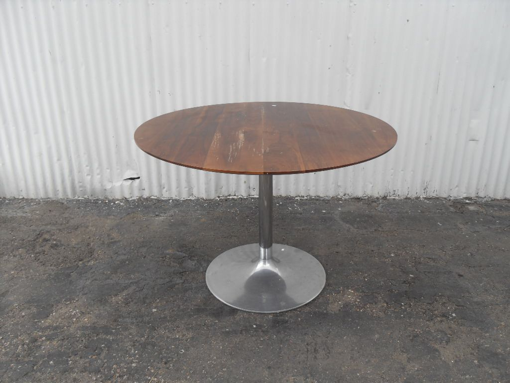 Modern Round Dining Table With Chrome Tulip Base This Is From Room Board The Top In Need Of A Refinishing Style Amazing
