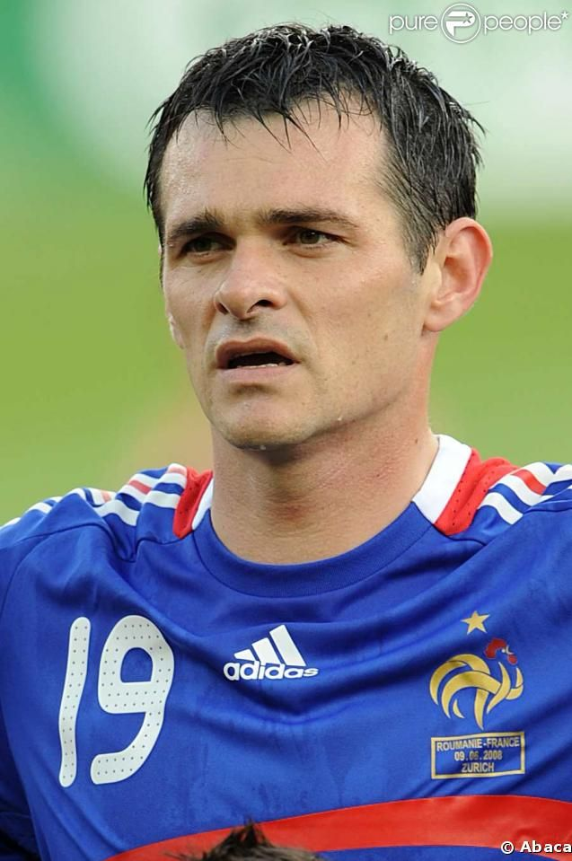 Willy Sagnol Born  Is A Former French International Footballer Who Played As A Defender And Current Manager He Spent Much Of His Professional