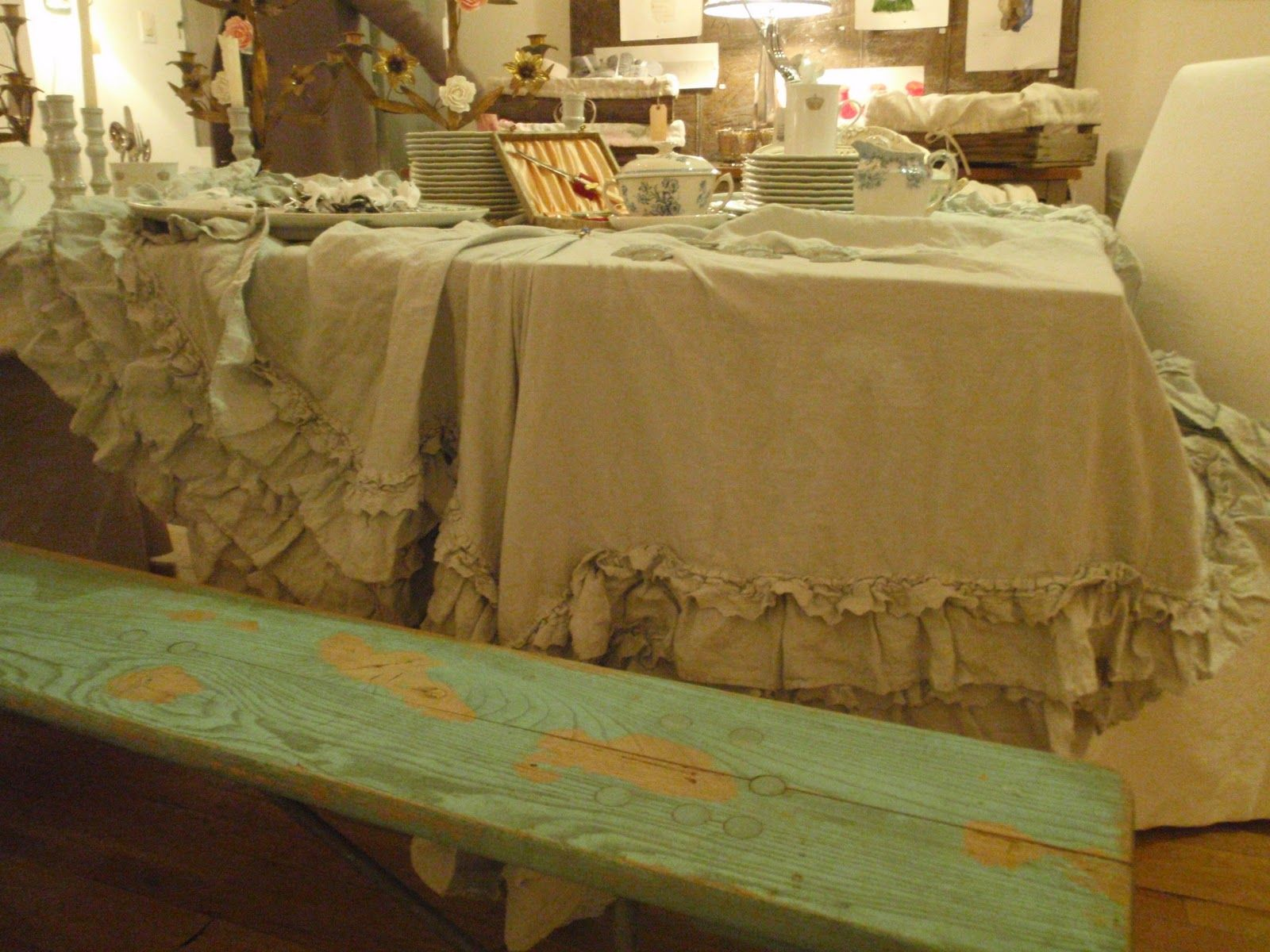 Really Ruffled Tablecloth