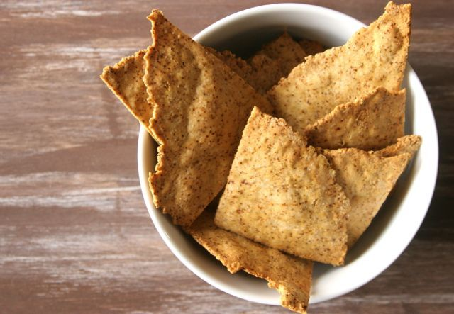 Chili Chickpea Chips! My love affair with chickpea flour continues! #glutenfree
