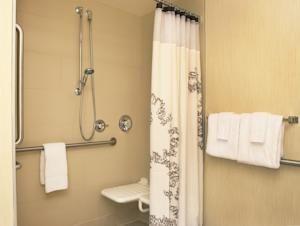 Badezimmer Behindertengerecht ~ 59 besten behindertengerechtes bad bilder auf pinterest badezimmer