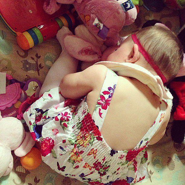 30 preuves que les enfants dorment bizarrement  2Tout2Rien