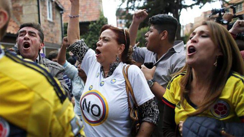 El NO gano #PlebiscitoEnColombia por #AcuerdoDePaz | #Internacional | EL PAÍS