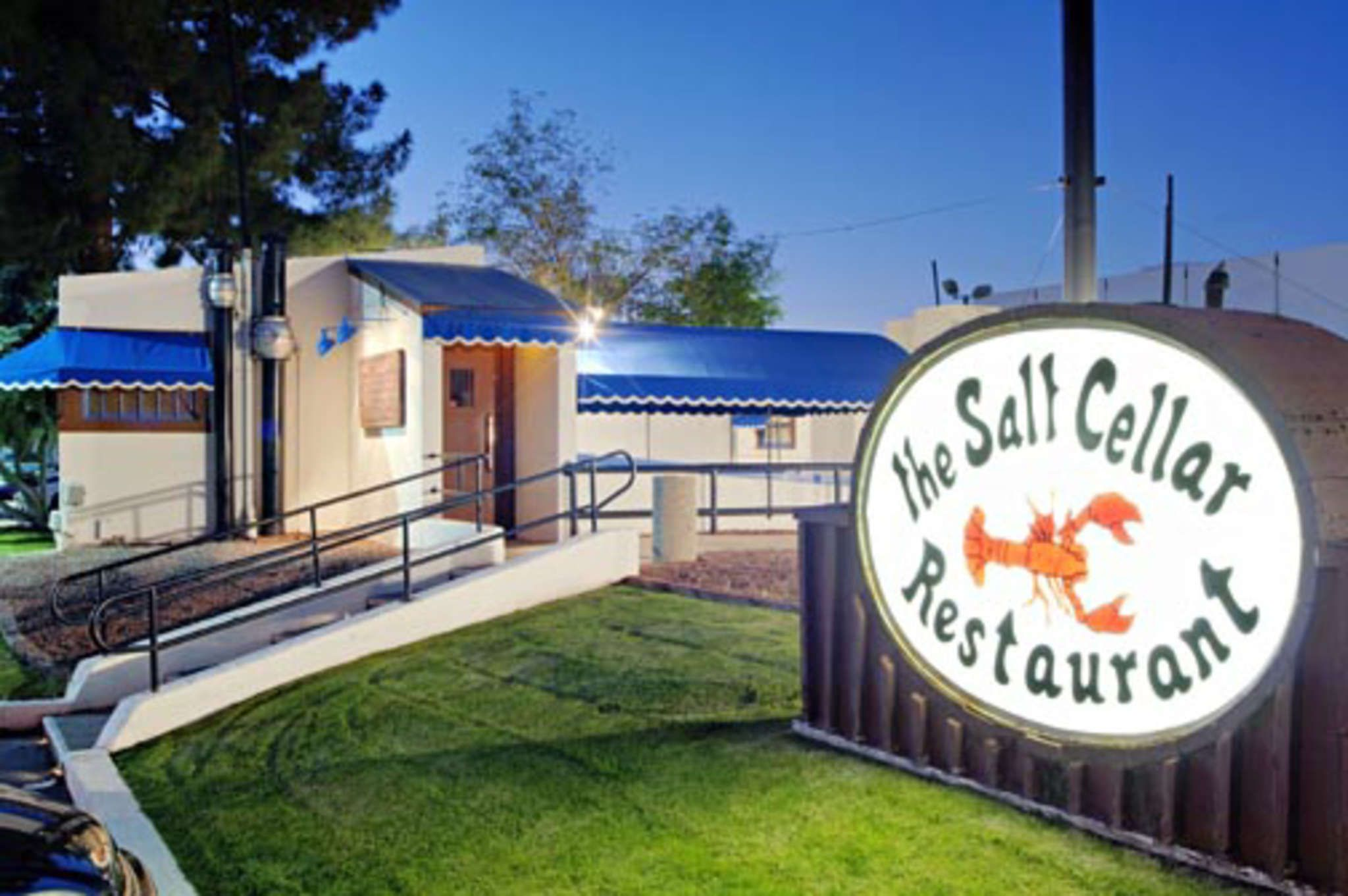 The Salt Cellar Restaurant In Scottsdale Az Actual Is Underground An Old Previous Pinner Said Great Seafood
