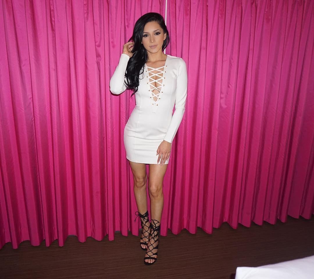 maid party shemale blowjob bikini Reyna Arriaga