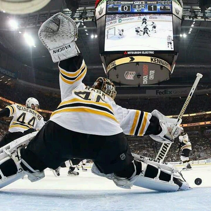 6 1 13 Tuukka Rask Makes One Of His 29 Saves En Route To His 1st Career Playoff Shutout Of 3rd Round Playoff Game 1 At Pittsburgh Pens