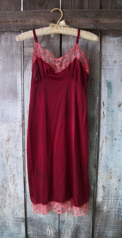 285193281f5f VINTAGE 60s FULL SLIP DRESS NIGHTGOWN HAND DYED RED WINE X-SM PRETTY PIN UP