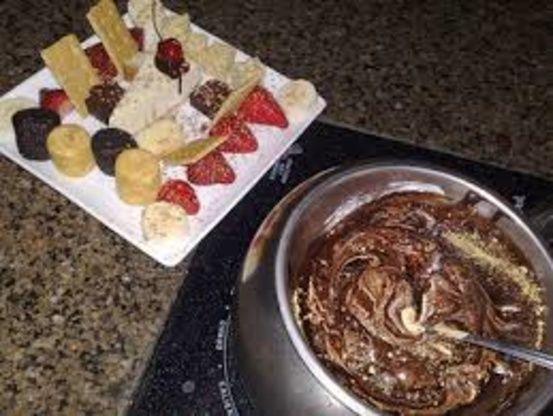 Smores Fondue (The Melting Pot) #fondue