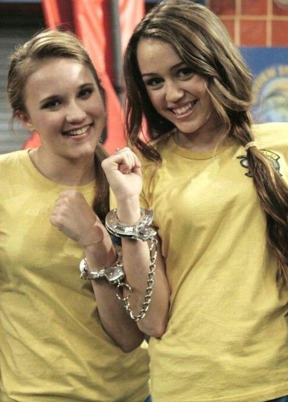 I miss Hannah Montana :(   Hannah montana, Hannah miley ...