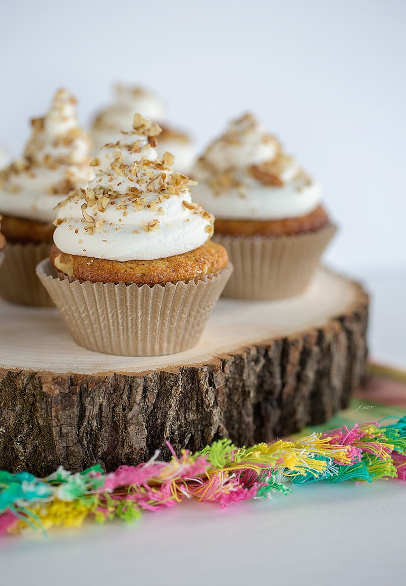 Carrot Cake Cupcakes with Whipped cream – Cream Cheese Frosting