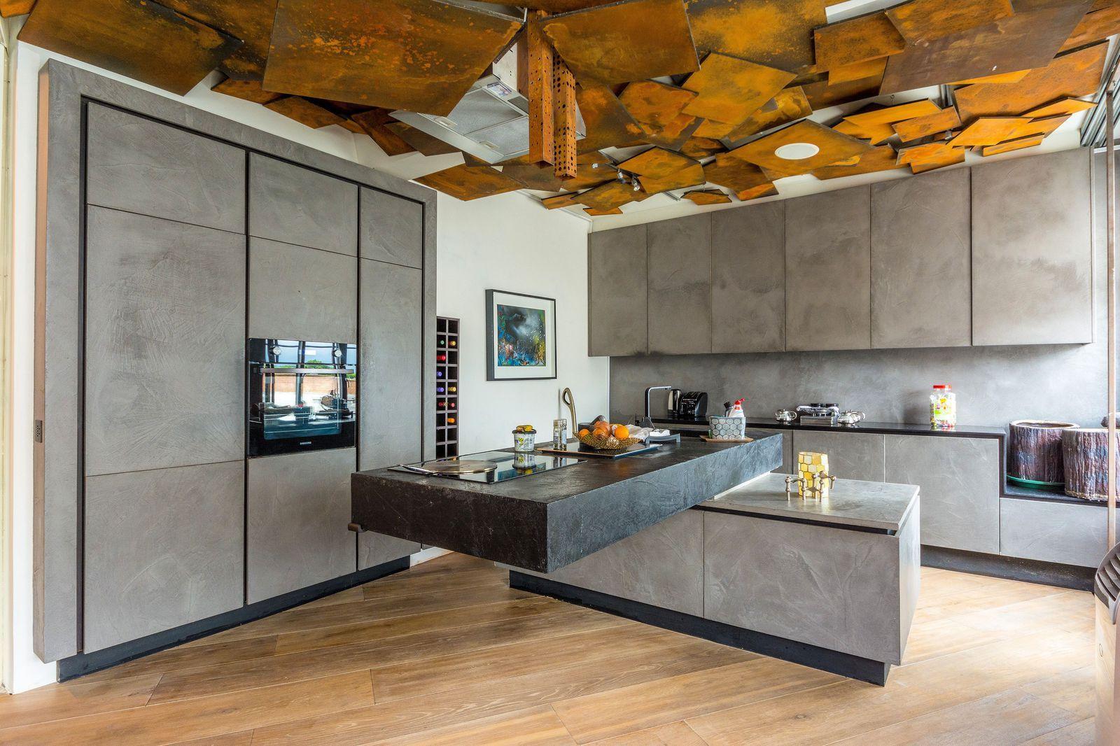 Modern art fans will love this West London loft-style ...