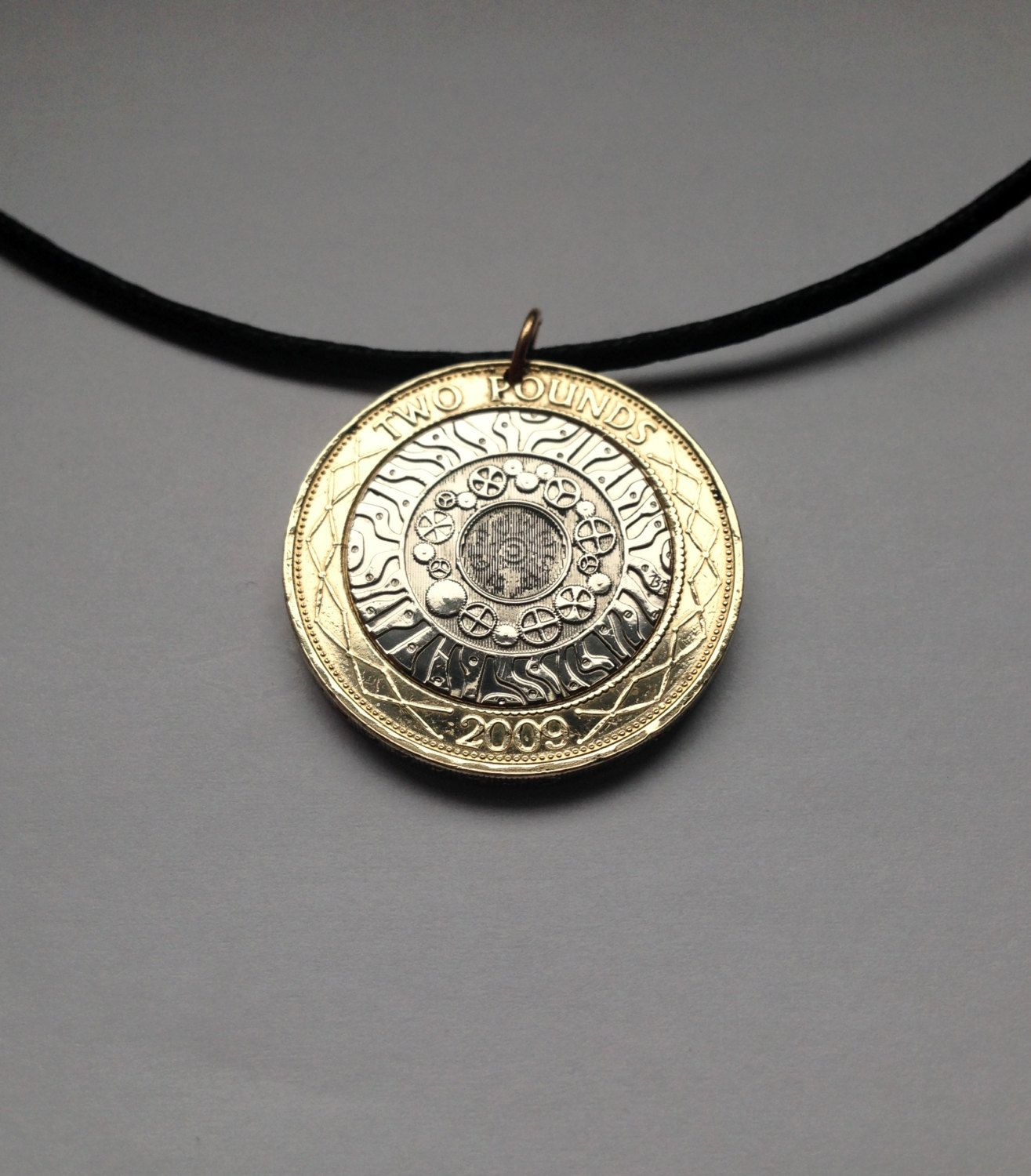 2009 Uk Great Britain 2 Pounds Charm Coin Pendant Necklace British Marking The History Of Technological Achieveme Coin Pendant Necklace Charm Coin Coin Pendant