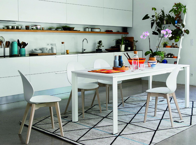 Tavolo Estetista ~ Rotondo quadrato rettangolare e trasformabile il tavolo per la
