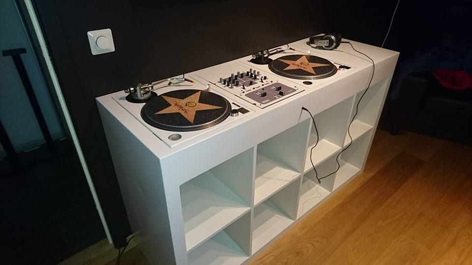 Dj Booth With Integrated Turntables And Mixer Ikea Hackers Dj Booth Dj Table Dj Room