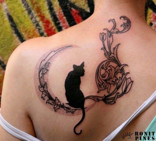 Shoulder cat tattoo