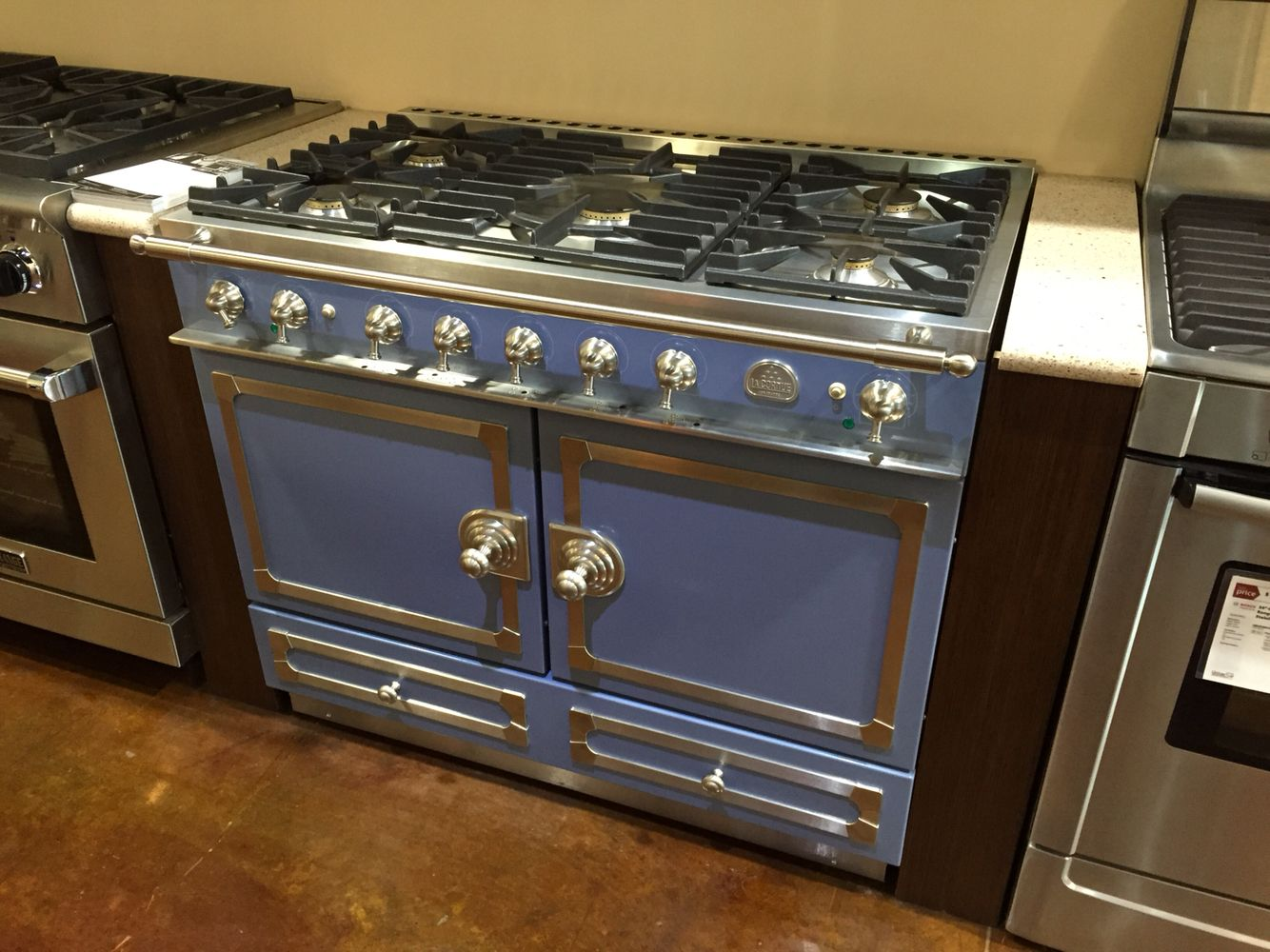 Marvelous Beautiful La Cornue Blue Range On Display At Universal Appliance And Kitchen  Center Showroom In Calabasas