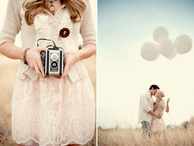 Ensaios externos. Casal. Feminino. Câmera (temático). Balões.