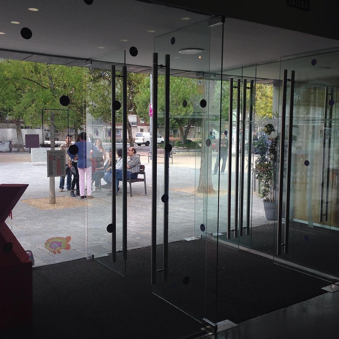 Muy prontito estaba todo listo para dar comienzo a nuestra cuarta edición llena de sorpresas.  #daringjourneys #TEDxValladolid #TEDx #Valladolid by tedxvalladolid