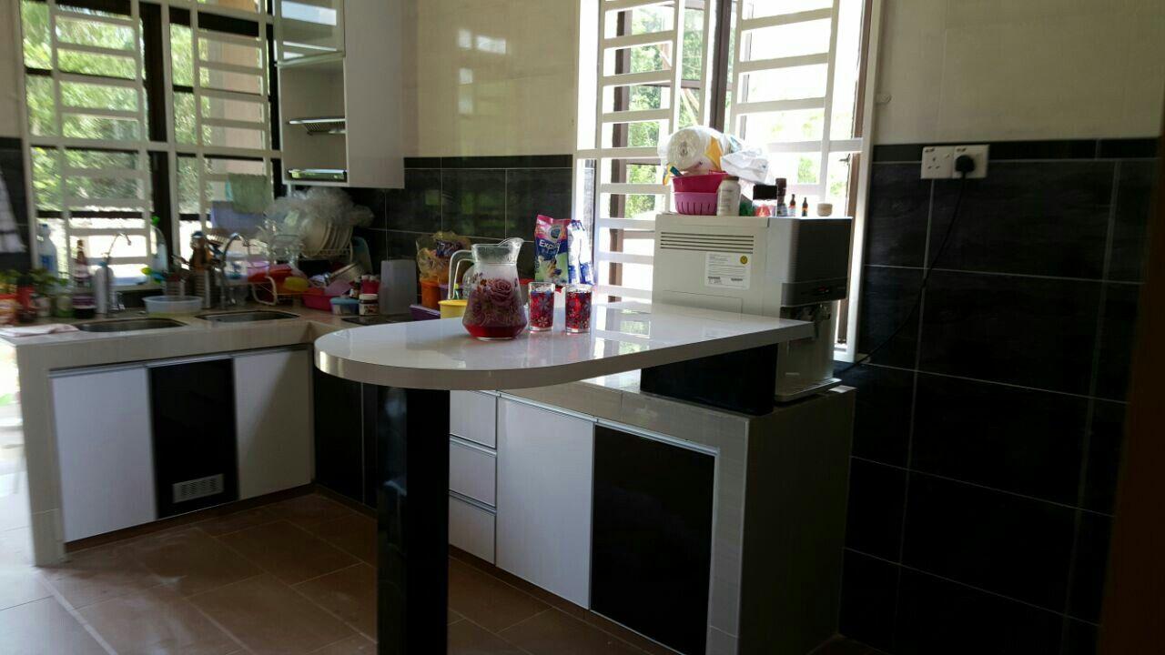 Kabinet Dapur Mini Bar